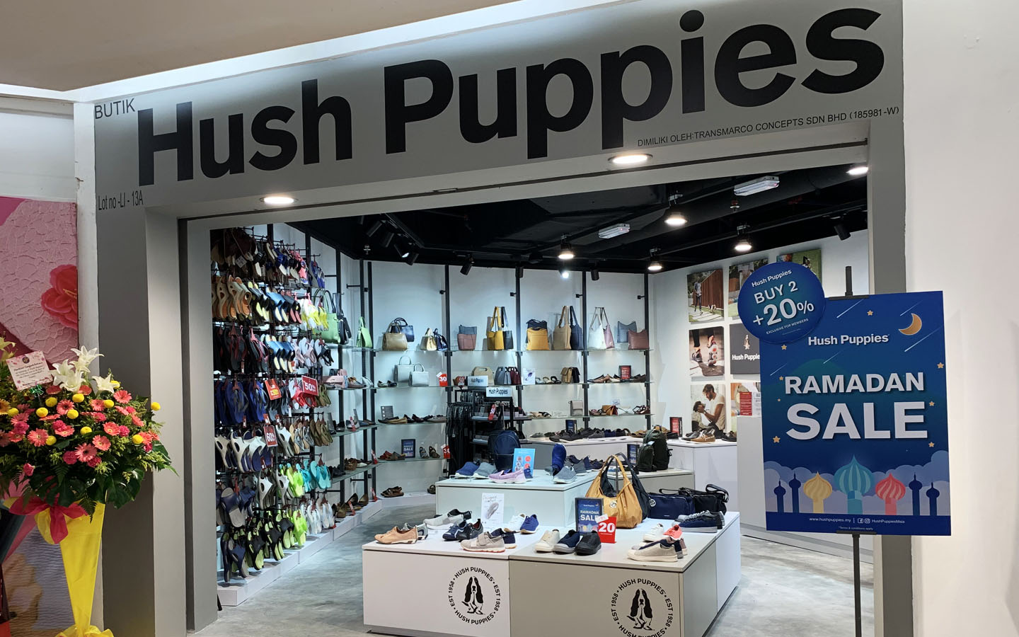 factory outlet hush puppies